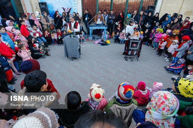 جشنواره بین المللی تئاتر کودک و نوجوان همدان شروع به کار کرد