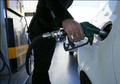 منابع حاصل از اصلاح قیمت بنزین به حساب 18 میلیون خانواده ایرانی واریز می شود