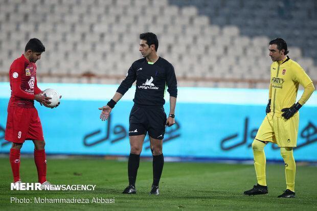 مسابقات فوتبال لیگ برتر همچنان بدون تماشاگر برگزار می شود