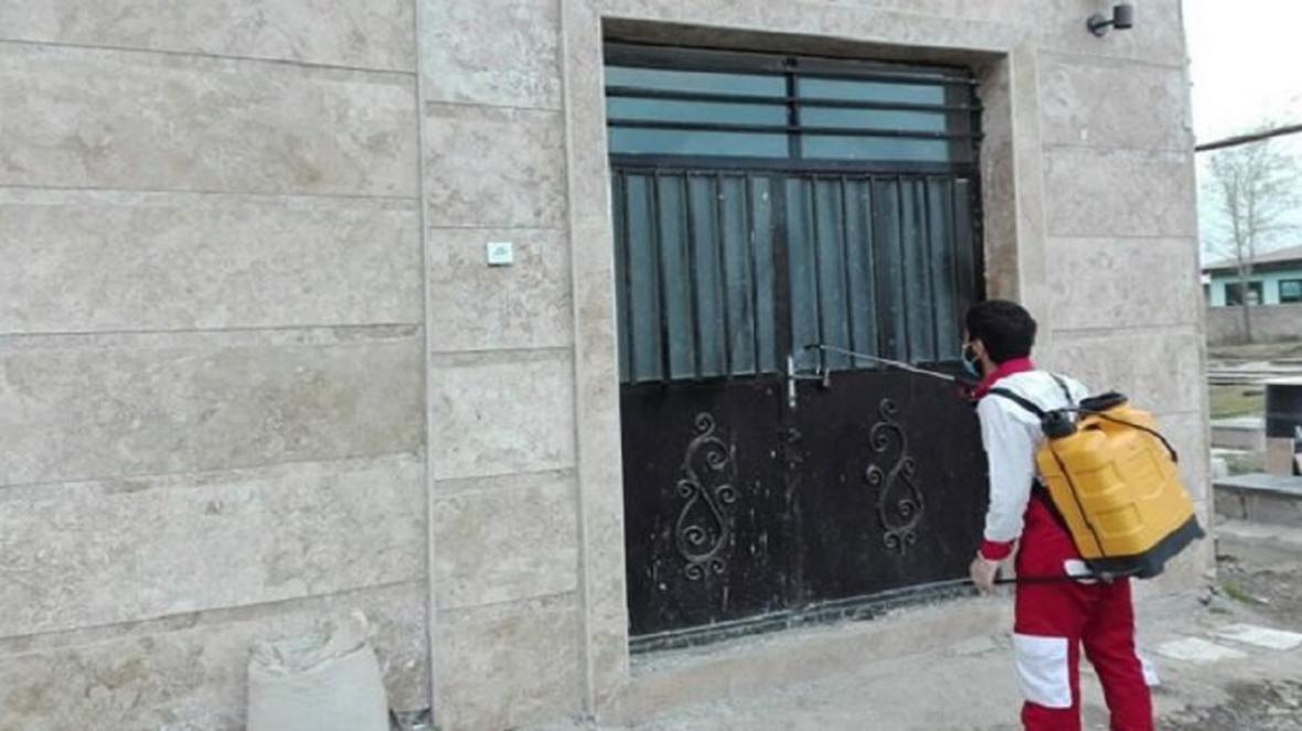 ضدعفونی شدن سالن های ورزشی شهرکرد