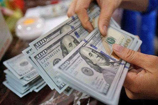 نرخ دلار به 17100 تومان رسید